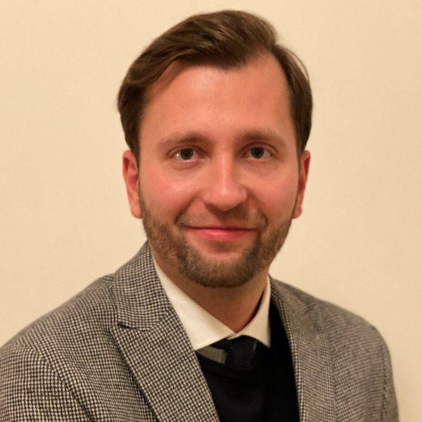 Mr. Darius Kaziukenas